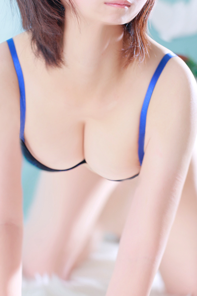 柏のデリヘル風俗|柏で噂のイイ女『-ゴシップガール-』モデルゆな写真1