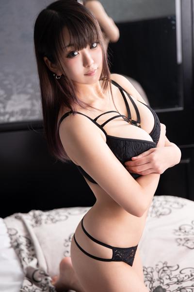 柏のデリヘル風俗 柏で噂のイイ女『-ゴシップガール-』モデルゆず写真1