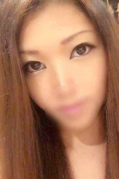 成田のデリヘル風俗 成田で噂のイイ女『-ゴシップガール-』モデルりこ写真1