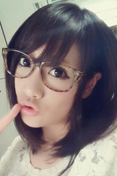成田のデリヘル風俗 成田で噂のイイ女『-ゴシップガール-』モデルいずみ写真1